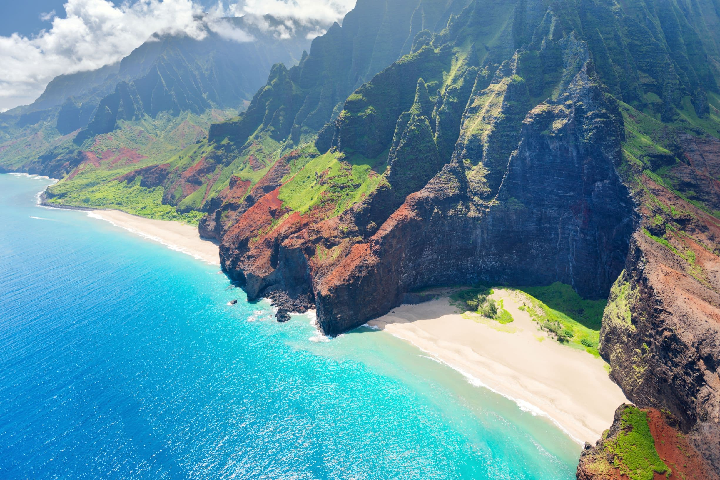 Na Pali cliffs coastline, Kauai, Hawaii