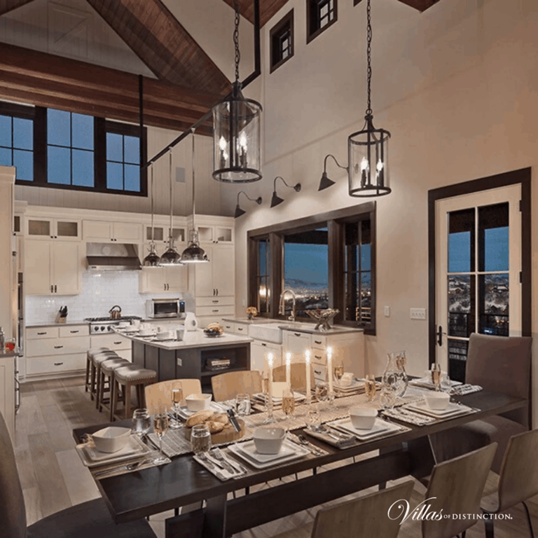 kitchen and dining room in a rental villa in Colorado